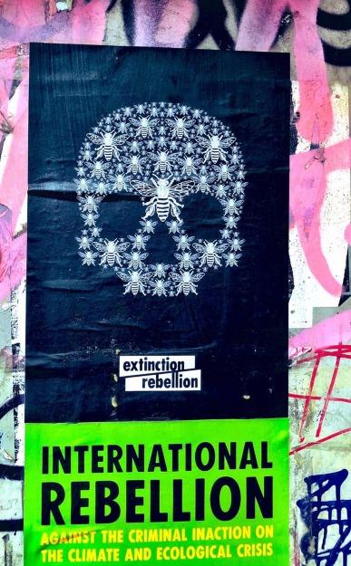 extinction-rebellion-climate-change-graphic-design_dezeen_1704_col_11