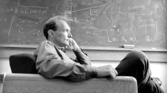 Tim-Berners-Lee-inventor--018